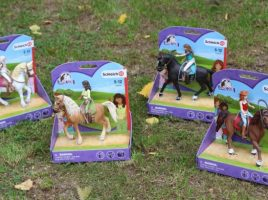 Jump into the fascinating world of Horse Club by wonderful toy horse makers Schleich