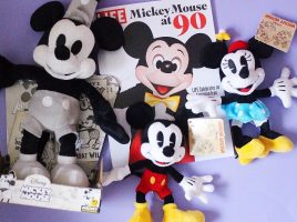 Get your paws on our #MickeyandPoshPaws prize!