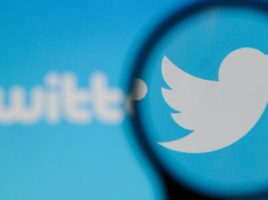 Join the Schleich Dinosaur Twitter frenzy!