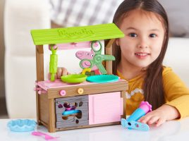 See what you can collect from the world of Peppa Pig toys!