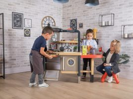 Win a Smoby Chef Corner Restaurant!