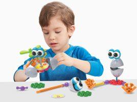 For a chance to win a Kid K'Nex Rockin' Robots Building Set!