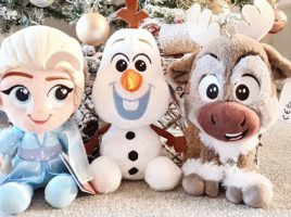 Our Instagrammers add some festive sparkle with their Frozen 2 Plush pals
