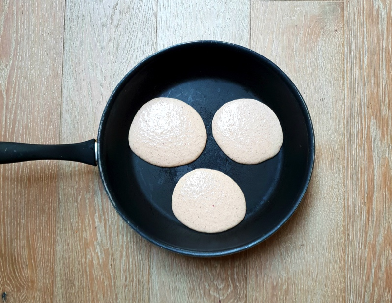 You can fit several small pancakes in one pan